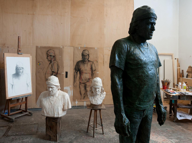 Molde para escultura de Quintana Martelo y escultura de maraViñas