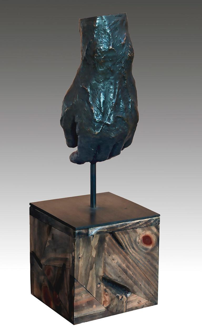 Escultura realizada en bronce por el artista plástico Manuel Quintana Martelo.